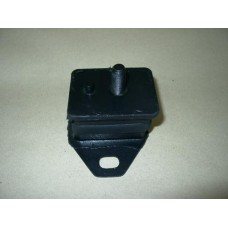 2L-T engine mount